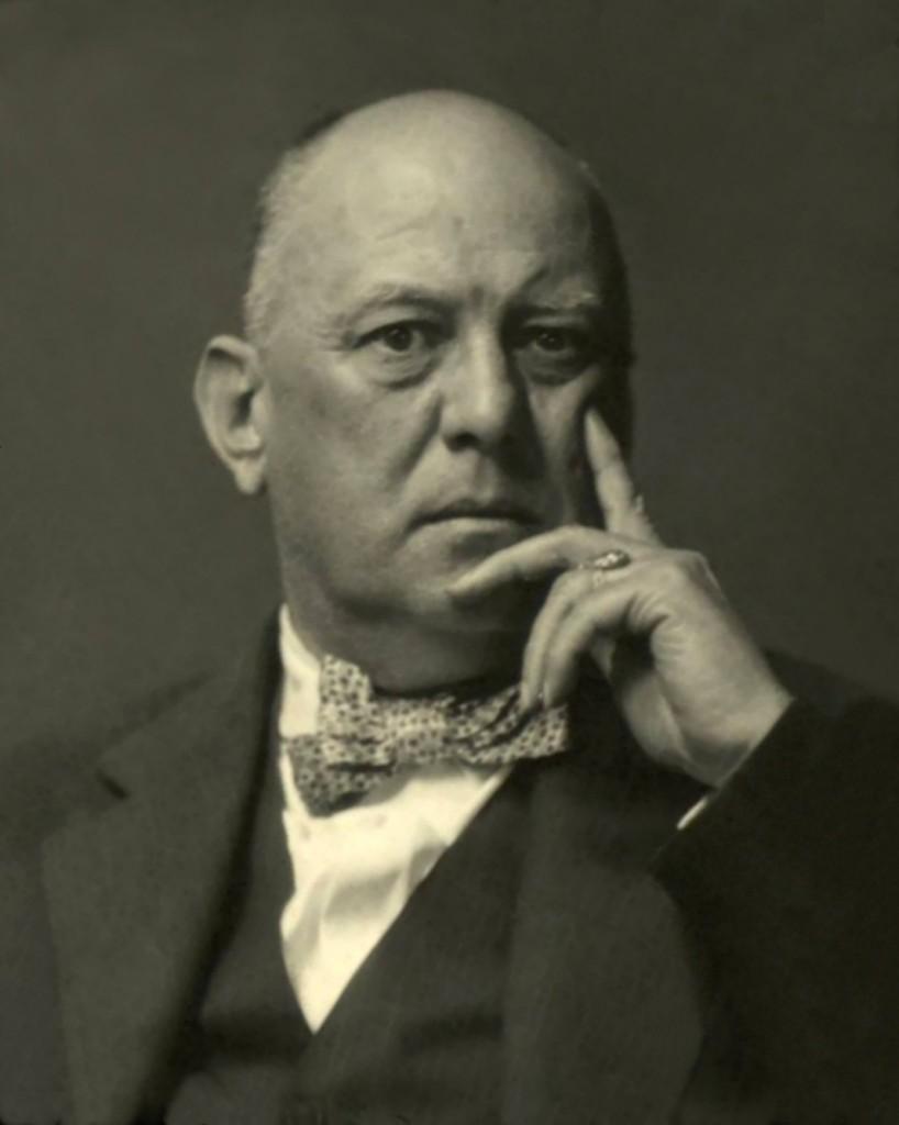 Mr.Crowley1