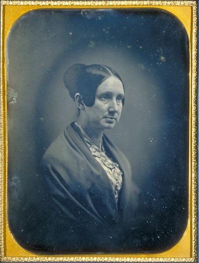 Harvard_Daguerreotypes_-_bMS_Am_1838_(994.2)_-_Dorothea_Dix