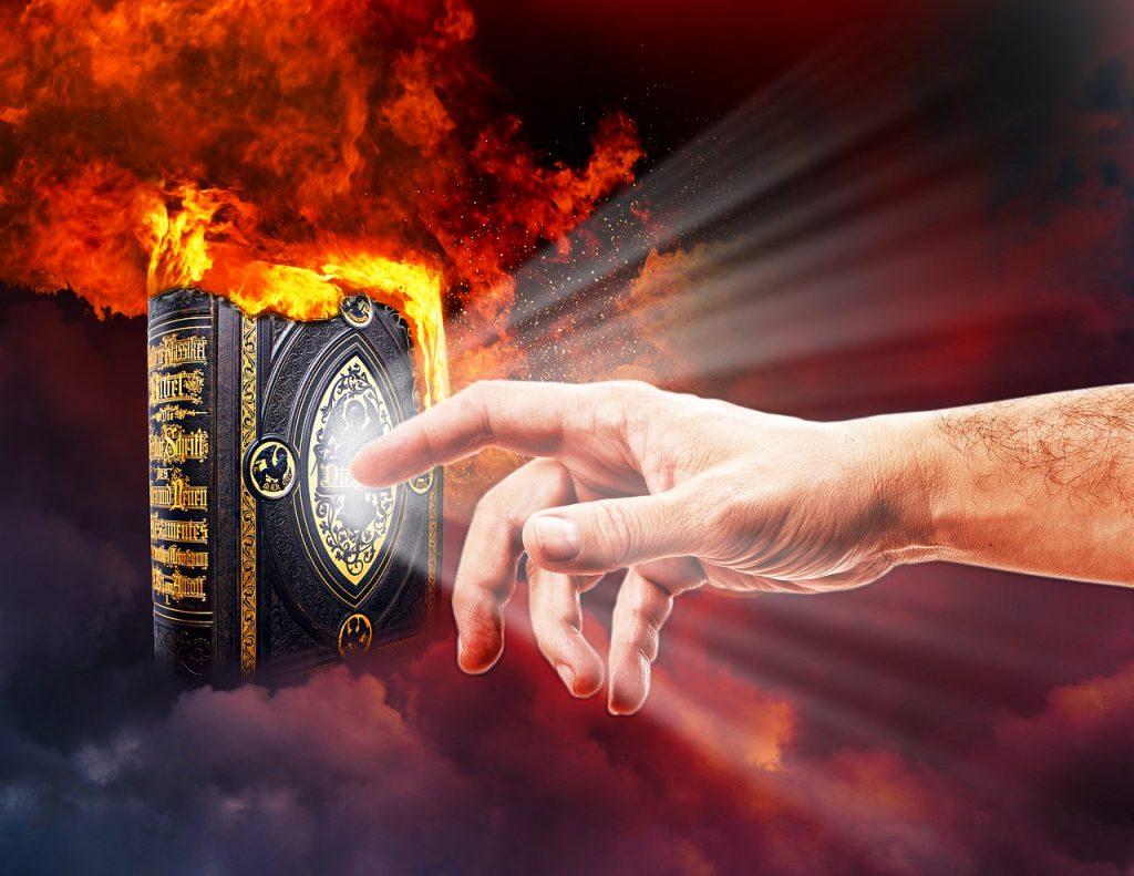 bible-3239155_1280