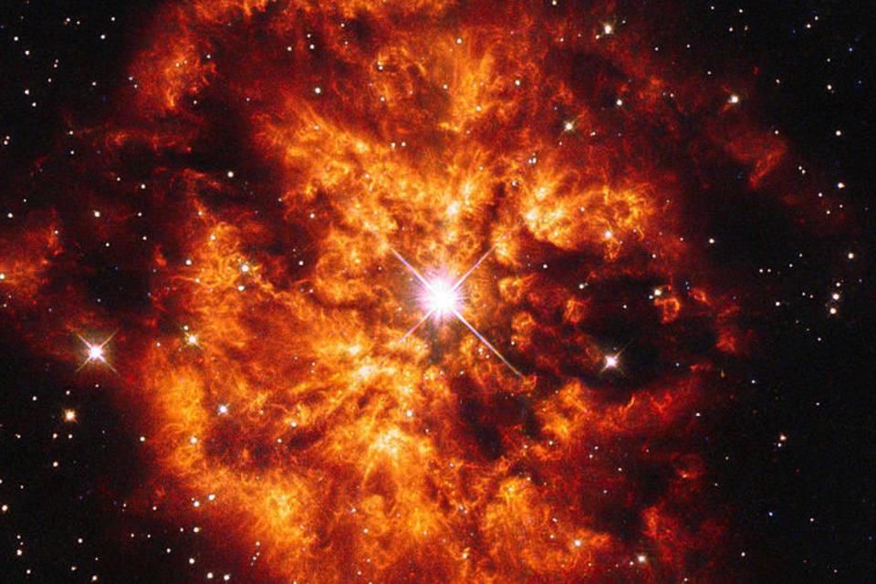 size_960_16_9_hubble_estrela_21