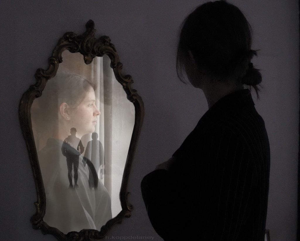 Mirror-Projection