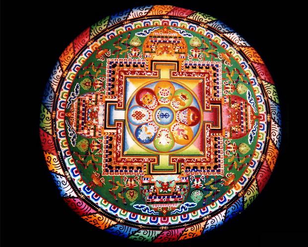 mandala-de-areia-o-simbolismo-da-arte-tibetana-blog-sobre-budismo
