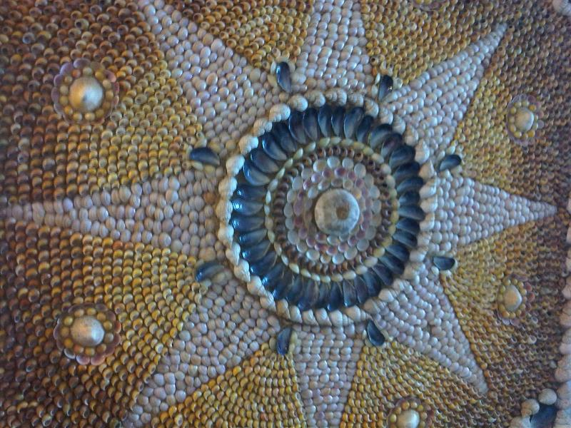 Shell_Grotto,_Margate,_Kent_2_-_2011.09.17